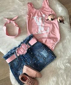 Baby Girl Fashion, Kids Fashion, Baby Outfits, Kids Outfits, Everything Baby, Overall Shorts, Baby Kids, Baby Baby, Overalls