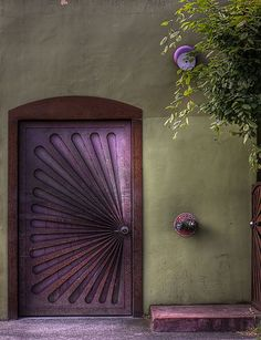 What a beautiful colour palette and the added detailing of geometric carving within the door itself make for a beautiful entrance. Nice way to kick off Sunday morning inspiration. by the_eclectic_artisans Cool Doors, The Doors, Entrance Doors, Doorway, Windows And Doors, Knobs And Knockers, Door Knobs, Deco Violet, Unique Front Doors