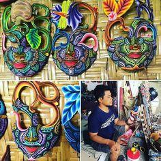 Passeggiando tra le risaie incontrerete degli artisti che dipingono oggetti incredibili... #incontroautentico #particonnoi #nonsolocambogia #cambogiaviaggi #travelways #wanderlust #travelgram http://ift.tt/2bAOXMH