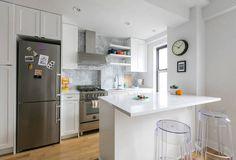 Simple kitchen design   http://www.CabinetsAndDesigns.net/products/Silestone/