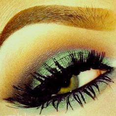 Why can't my eyes be this pretty? Like, for real. Make Me Up, Eye Make Up, Beauty Makeup, Hair Makeup, Hair Beauty, Beauty Hacks, Beauty Ideas, Beauty Tips, Pretty Green
