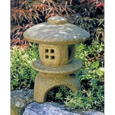 There's nothing like a genuine hand-crafted cast stone garden artifact. Heavy and durable, the Campania International Mini Pagoda Garden Statue. Japanese Garden Lanterns, Japanese Garden Design, Japanese Gardens, Zen Gardens, Japanese Garden Backyard, Japanese Stone Lanterns, Statue, Japanese Pagoda, Fiberglass Planters