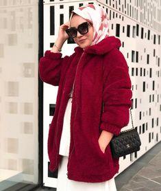 hijab fashion Walk In Bathtub, Bed Bugs Treatment, Bathroom Partitions, Beautiful Hijab, Hijab Fashion, Fur Coat, Pretty