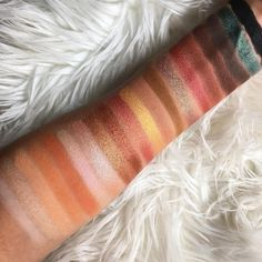 Laura Lee (larlarlee) palette by violet voss swatches