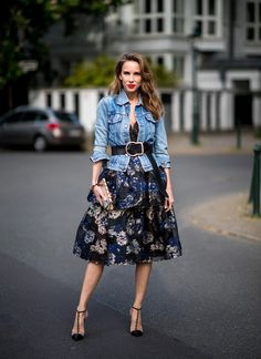 The brand Marchesa Notte belongs to the beautiful Marchesa family and has its own special little handwriting as the main Marchesa line. Spring Summer Fashion, Spring Outfits, Autumn Fashion, Street Style 2018, Street Chic, Classy Outfits, Stylish Outfits, Fashion 2020, Love Fashion
