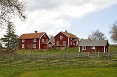 Åsens By Culture Reserve, Småland, Sweden Red Houses, Red Cottage, Swedish House, Places In Europe, Scandinavian Home, Heaven On Earth, Rocky Mountains, Country Living, Cabins