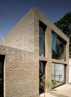House on Kings Grove - Duggan Morris Architects