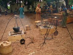 Medieval re-enactment Summer 2011 France (pic heavy)  Great set up!