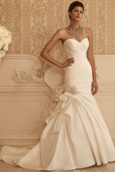Ruched, Trumpet Silhouette Wedding Dress I Casablanca Bridal I See more: http://www.weddingwire.com/wedding-photos/i/dress-waist-dropped-ivory-fit-flare-mermaid-modern-style-romantic-casablanca-bridal-hip-hollywood-glam-nautical-preppy-satin-accents-ruching-accents-pick-ups-beading-dress-price-701-to-1500-sweetheart-strapless-floor/i/653cd99f466622f1-a7a4bda4902a3dd6/54d9cbced836453e?tags=mermaid&tags=sweetheart&page=30&cat=dresses&type=search I #wedding #dress