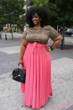 Ugh, this outfit is really cute! And looks fantastic on her (don't think I could pull it off) Curvy Girl Fashion, Plus Size Fashion, Womens Fashion, Ladies Fashion, Girls Summer Outfits, Cute Outfits, Plus Size Dresses, Plus Size Outfits, Plus Zise