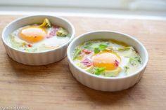 Jeg elsker egg og lager de i mange forskjellige former. Denne oppskriften er utrolig enkel, men veldig god. Perfekt å få servert til frokost en morgen når du har litt bedre tid. Spis denne deilige …