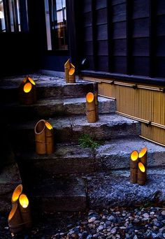 Creating a truly modern garden lighting design can add so much to your home. All types of properties can benefit from a garden lighting make. Backyard Lighting, Outdoor Lighting, Lighting Ideas, Lighting Design, Interior Lighting, Terrace Garden Design, Terrace Ideas, Bamboo Light, Small Terrace