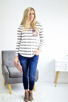 This is a top that is leaving us all speechless and it's for good reason! It has all of our favorite qualities too!  A little about this top: Amelia Stripe Top  Price: $24 Colors: Navy or Charcoal Sizes: S-L To Purchase: http://ift.tt/2jFOLLF  Free Shipping Always  Hannah is 5'8 and wearing a small