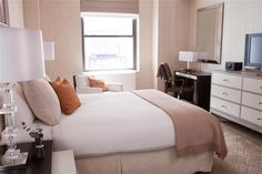 OopsnewsHotels - The Benjamin. This hotel is situated in Manhattan, just a 10-minute walk from Rockefeller Center. It is set amongst a range of restaurants and cafés and is within a 10-minute walk of Grand Central Terminal.   This charming hotel offers a beauty centre, valet parking and 24-hour room service. Multilingual staff are available to assist with reservations or dining recommendations, and an express check-in feature is provided for convenience.