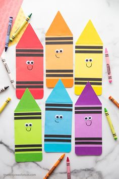 Printable Crayon Template Arts And Crafts For Kids Toddlers, Family Crafts, Crafts For Kids To Make, Toddler Crafts, Projects For Kids, Activities For Kids, Kids Crafts, Crayon Template, Back To School Crafts