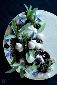 Blackberry Tiny Herb Cake - food art <3   Nutka Słodyczy