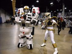 White Power Ranger and Tigerzord Cosplay Power Rangers Cosplay, Best Cosplay Ever, Fun At Work, Body Painting, Batman, Awesome Cosplay, Kamen Rider, Cosplay Ideas, Deviantart
