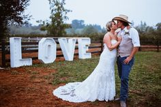 Bride Groom Photos, Wedding Bride, Wedding Dresses, Posing Ideas, Wedding Photography Poses, Surrey, Kissing, Rodeo, Vancouver