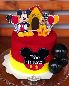 Gateau Theme Mickey, Cupcakes Mickey, Mickey Mouse Birthday Cake, Minnie Mouse Cake, Baby Boy Cakes, Cakes For Boys, Girl Cakes, Bolo Mickey Baby, Bolo Do Mickey Mouse