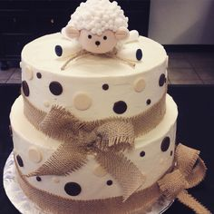 shower lamb cake ideas inspirational rustic sheep baby shower cake by the lucky cupcake pany - - Baby Shower cakes -Baby shower lamb cake ideas inspirational rustic sheep baby shower cake by the lucky cupcake pany - - Baby Shower cakes - Torta Baby Shower, Baby Shower Cupcakes, Shower Cakes, Boho Baby Shower, Baby Boy Shower, Pink Dessert Tables, Sheep Cake, Lamb Cake, Baby Shower Desserts