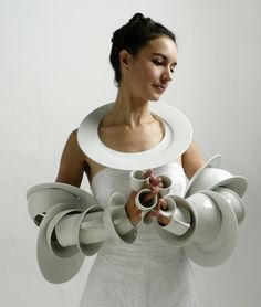 WHITE JEWELRY   Different pieces of jewelry made of dishware by Marie Pendariès.  (via Ceramics in contemporary jewelry / Online Magazine / Art Aurea)