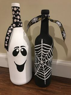 Items similar to Boo & Spirder Web Wine Bottles on Etsy - Wine Bottle Crafts Christmas bottle crafts halloween diy bottle crafts halloween holidays bottle crafts halloween witch Painted Glass Bottles, Plastic Bottle Crafts, Lighted Wine Bottles, Diy Bottle, Wine Bottle Crafts, Jar Crafts, Bottle Art, Decorated Bottles, Wine Glass