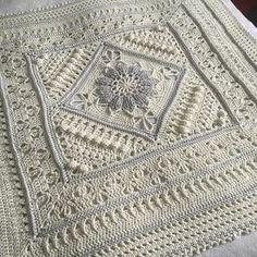Wedding blanket crochet pattern by Dedri Uys