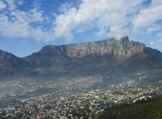 I climbed the Tafelberg on the background. I would recommend everyone to go to Cape Town: a very spiritual en beautiful city.