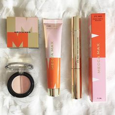 I'm still just as obsessed with new MECCA MAX range of cosmetics as I was when I first bought them. The eyeshadow duo in Sugar Fix and the Medium BB cream are now on regular rotation 💕 Eye Mascara, Mecca, Bb, Instagram Images, Eyeshadow, Blush, Lipstick, Sugar, Range