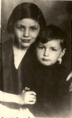 Czestochowa, Poland, A photograph of Gita and Abush Strawczynski before the war. Both of them died in Treblinka. These are the children of the submitter. Both perished in the Holocaust.
