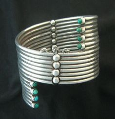 Rare Hector Aguilar 940 silver turquoise-tipped tubes bracelet Taxco, Mexico c. Jewelry Art, Fine Jewelry, Jewelry Design, Jewlery, Vintage Silver Jewelry, Antique Jewelry, Navajo, Do It Yourself Fashion, Mexican Jewelry