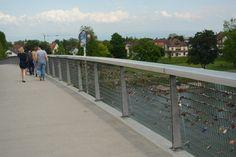 Verbroederingsbrug tussen de Duitse stad Kehl en de Franse stads Straatsburg,
