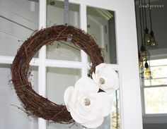 large paper flowers Step-by-step tutorial to create your own large paper flowers for a wreath, wall decor or special event. Paper flowers are having a huge moment. I see paper flowe Paper Flower Wreaths, Large Paper Flowers, Diy Surprise Box, Stick Wreath, Light Up Canvas, Coffee Filter Crafts, Terracotta Flower Pots, Diy Plant Stand, Diy Wall Art