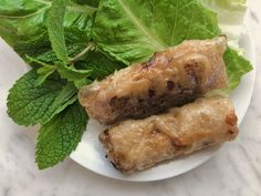 How to Wrap a Vietnamese Spring Roll to Fry