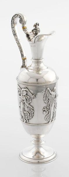 A VICTORIAN SILVER WINE JUG. Stephen Smith, London, England,1867-1868.