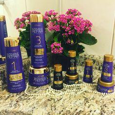 Olá gurias,  sempre me perguntam como matizo meu cabelo, tirei uma foto dos produtos que uso.  São maravilhosos, além de desamarelar os cabelos loiros, também hidrata e deixa um perfume MA-RA-VI-LHO-SO.   www.trisklecosmeticos.com.br