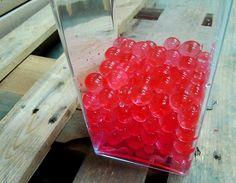 Les petites perles de gel sont idéales pour décorer dans un vase, bouquet très beau à l'offrir pour la Saint Valentin.