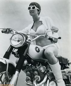 Fun Vintage Honda Motorcycle Pin-Up