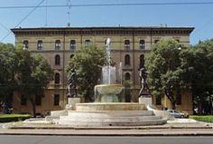 Accademia Militare di Modena Ci sono un paio di cose, di cui i Modenesi vanno, particolarmente fieri e orgogliosi, la Ferrari e l' Accademia Militare....