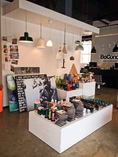 Looking for accesories that match your style? BoConcept Guadalajara