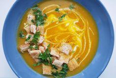 Zupa krem z dyni piżmowej.