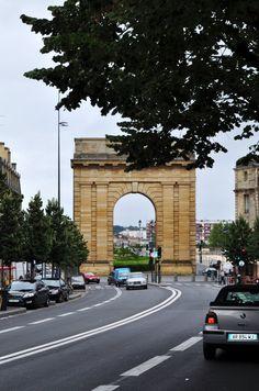 Porte de Bourgogne - Cours Victor Hugo