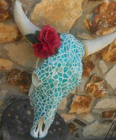 Mosaic Cow Skull Art: I cleaned bleached the skull Bull Skulls, Deer Skulls, Animal Skulls, Cow Skull Decor, Cow Skull Art, Deer Decor, Back Painting, Skull Painting, Painted Cow Skulls