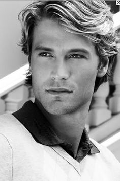 50 Awesome Classic Mens Hairstyles for Thick Hair