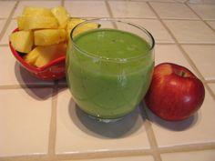 Smoothie vert à l'ananas