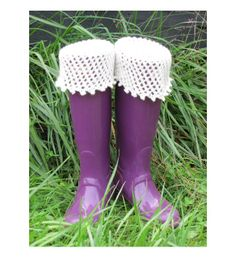 Picot Edging and Lace Netting Boot Sock, Liner, and Cuff, knitting pattern by Arlene E. Lee wordstoknitby.com