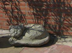 Katze aus Sandstein