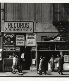 Sixth Avenue between 43rd and 44th Streets [April 23, 1948]