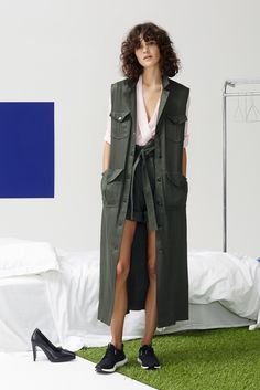 http://www.vogue.com/fashion-shows/pre-fall-2016/rodebjer/slideshow/collection