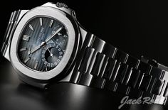 PATEK PHILIPPE Nautilus Power Reserve Moon Phase / Ref.5712/1A